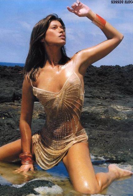 SONIA FERRER Desnuda en INTERVIU y en Bikini | JaqueMateAteos