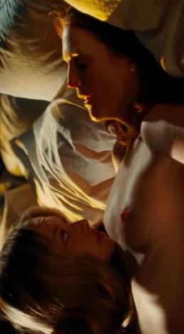 Julianne Moore follando en la película Chloe