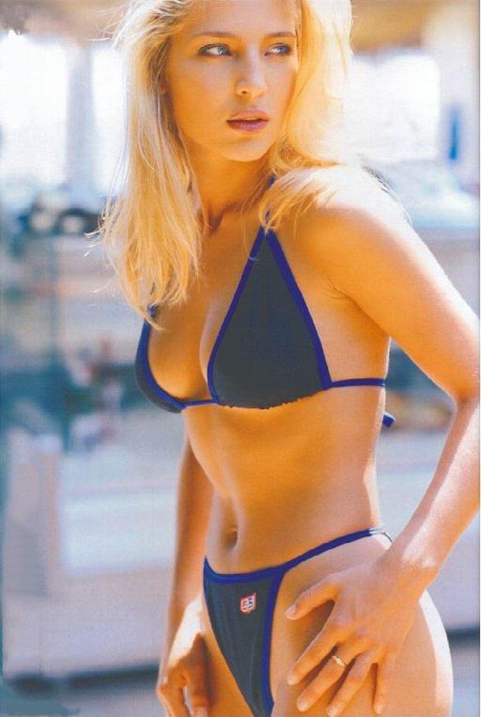 Elsa Pataky fotos en bikini Set 1