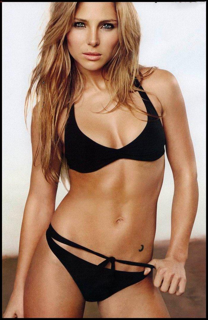 Elsa Pataky fotos en bikini Set 8