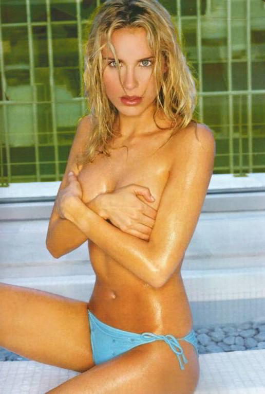 Vanesa Romero Topless piscina