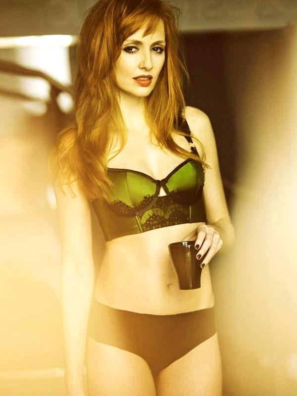 Cristina Castaño hot