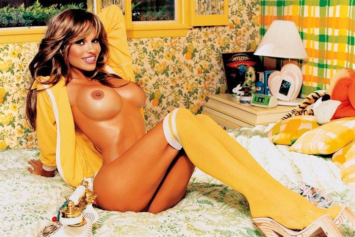 Pamela Anderson desnuda de joven