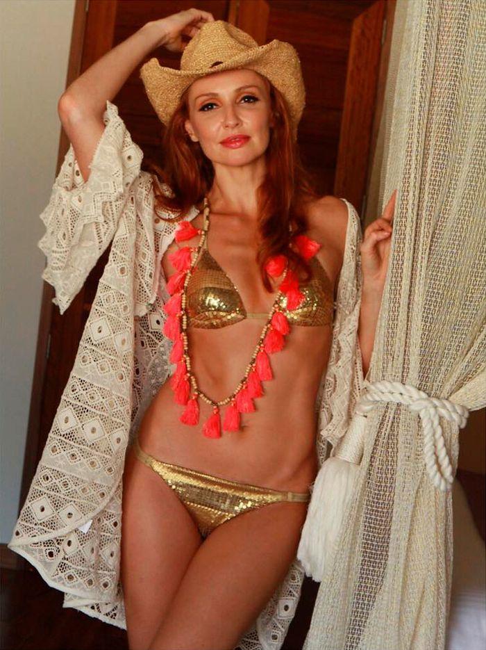 Cristina Castaño bikini atrevido