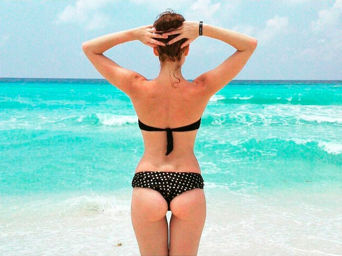 Cristina Castaño bikini enseña culo