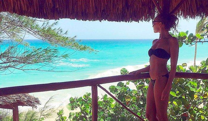 Cristina Castaño vacaciones posado bikini