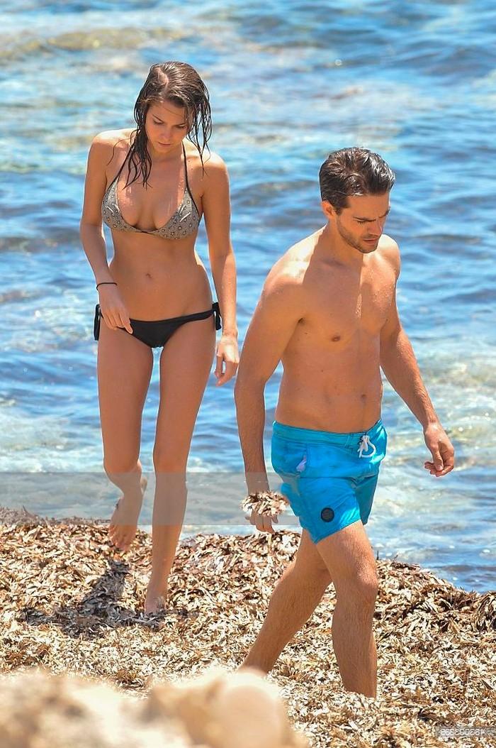 Natalia Sánchez cuerpo en bikini