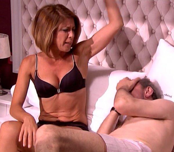Eva Isanta escena sexual