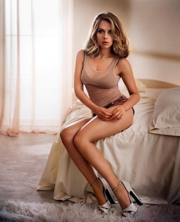 Scarlett Johansson en lencería sexy