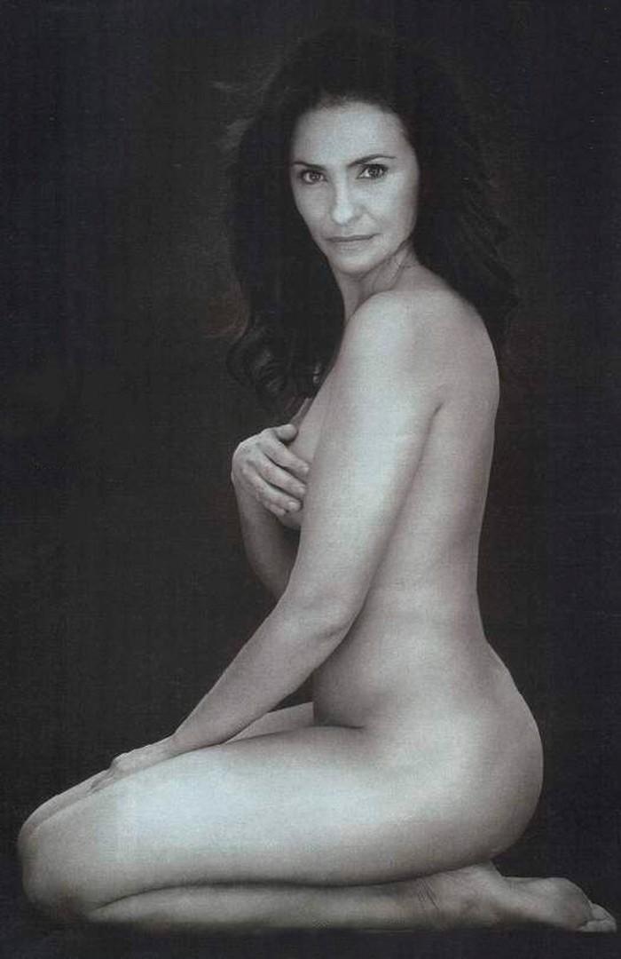 Melanie Olivares desnuda sesión fotos