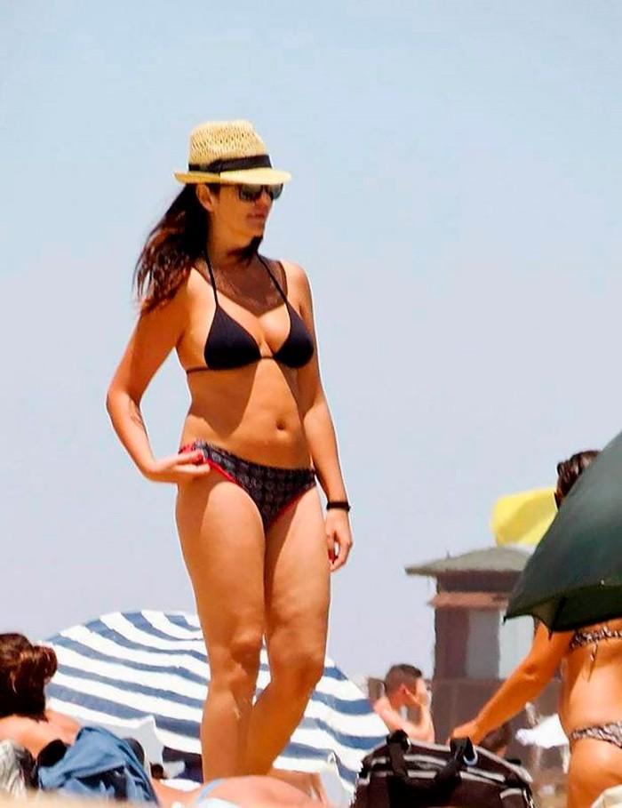 Melanie Olivares espectacular cuerpo bikini