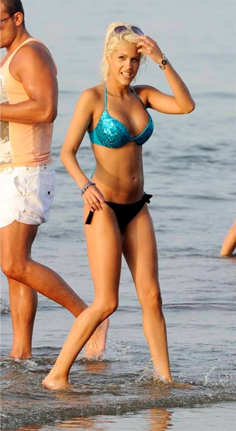 Ylenia Padilla Cuerpazo Bikini Playa