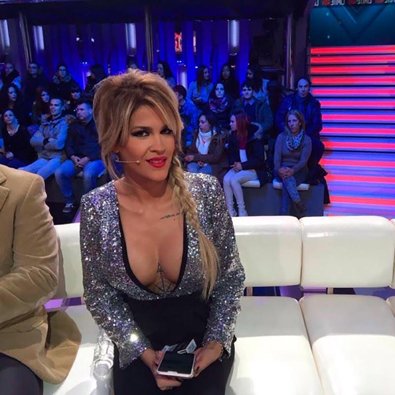 Ylenia Padilla Escote Colaboradora Telecinco