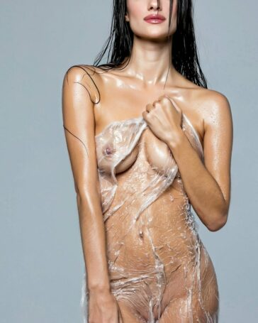 Adara Molinero desnuda Interviu