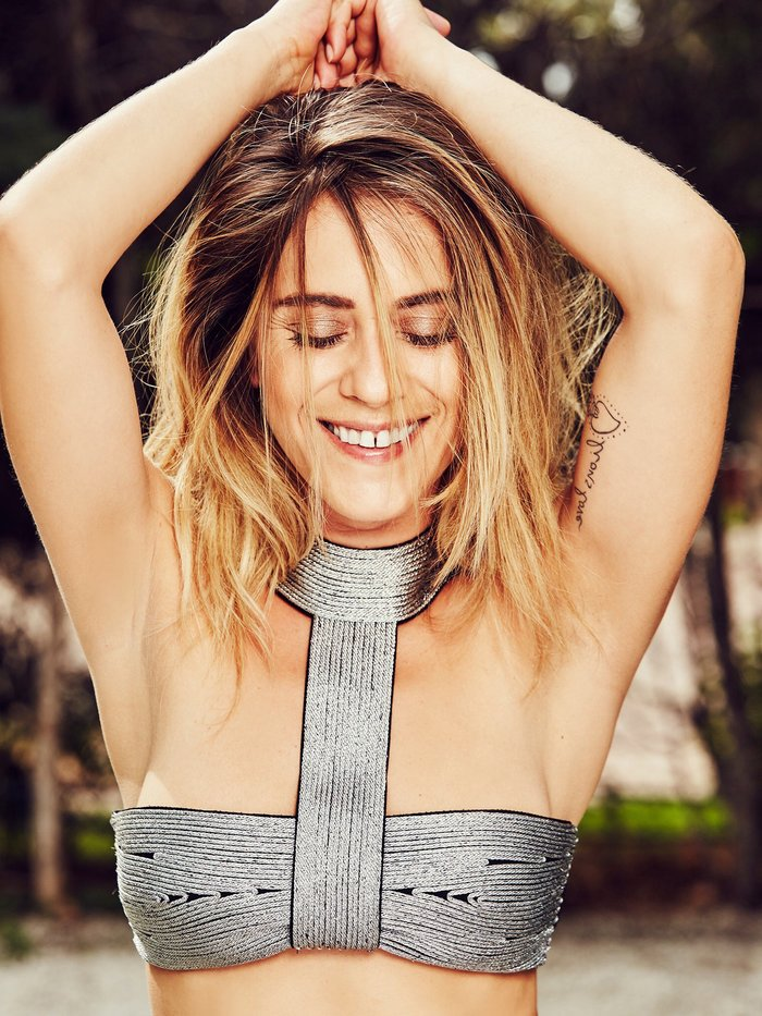 María León Posado Sexy Bikini 3