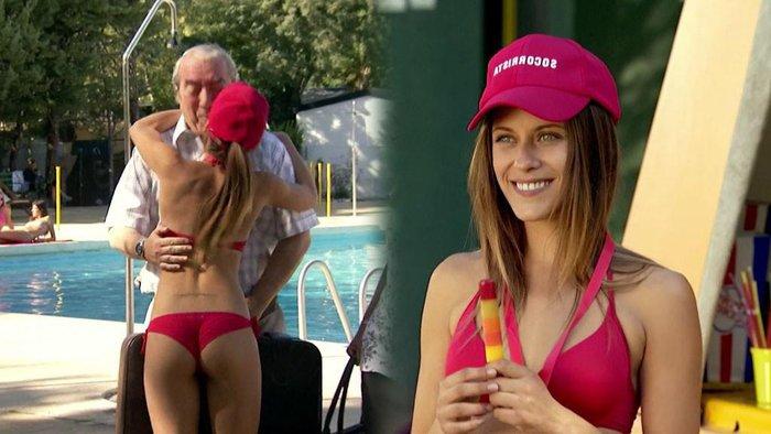 María León Provocativo Bikini Rojo Culo Aire 3