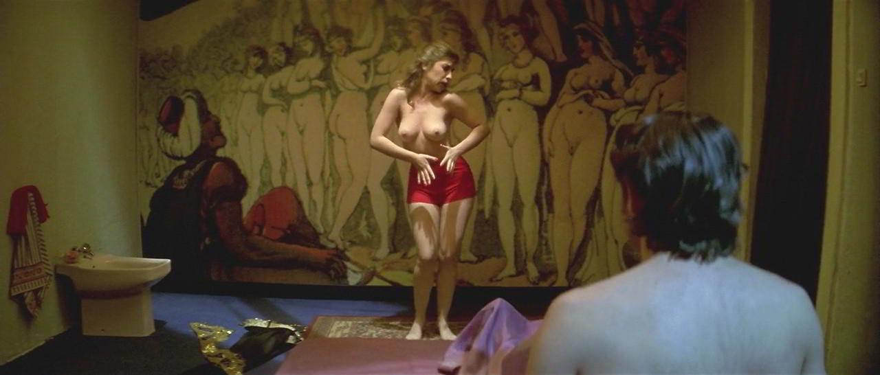 Nathalie Seseña desnuda en Airbag
