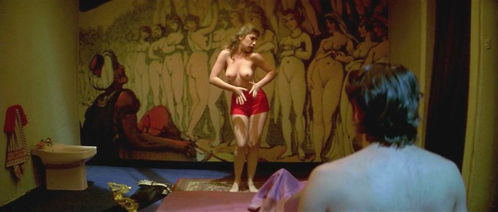 Nathalie Seseña escenas sexuales