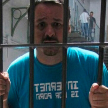 Torbe Encarcelado Rodar Porno Chica 17 Años Falsificó Dni