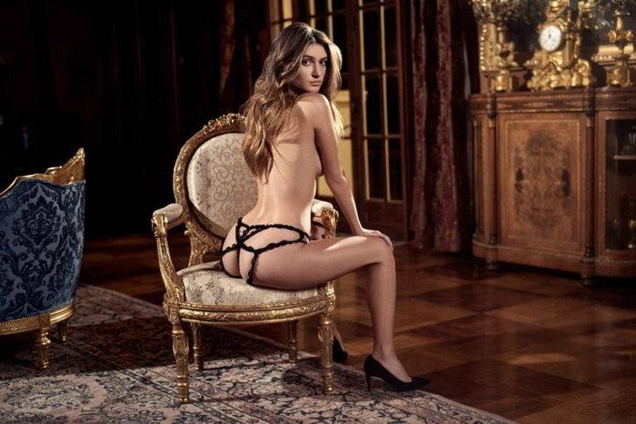 Elizabeth Elam fotos eróticas