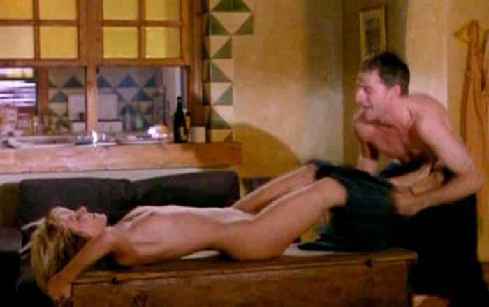 Cayetana Guillén Cuervo desnuda en películas