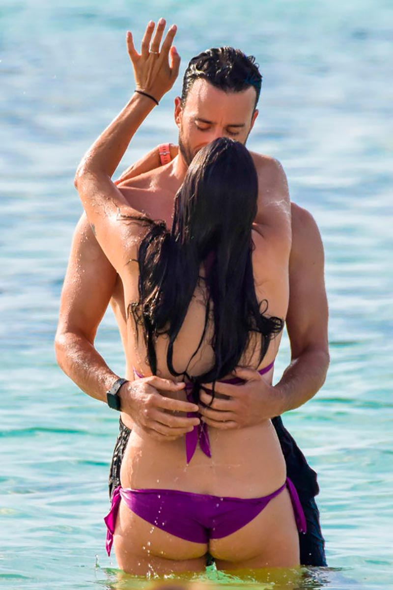 Irene Junquera Bikini Playa Novia Pablo Puyol 4