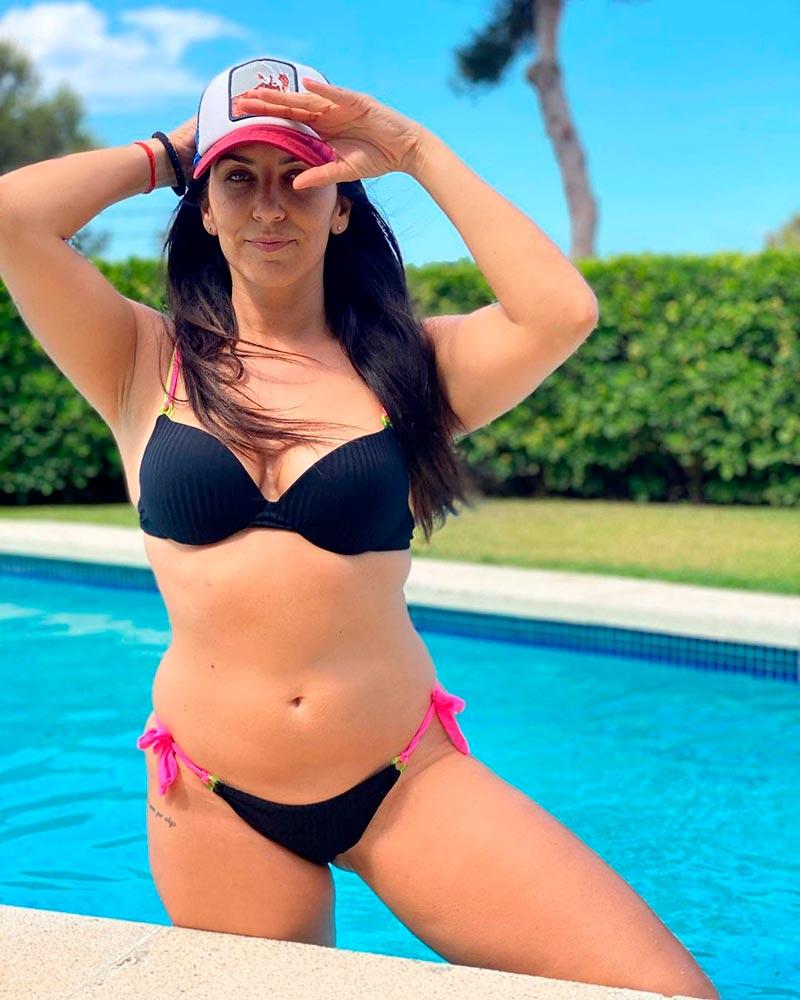 Irene Junquera Sexy Bikini Presentadora Televisión 2