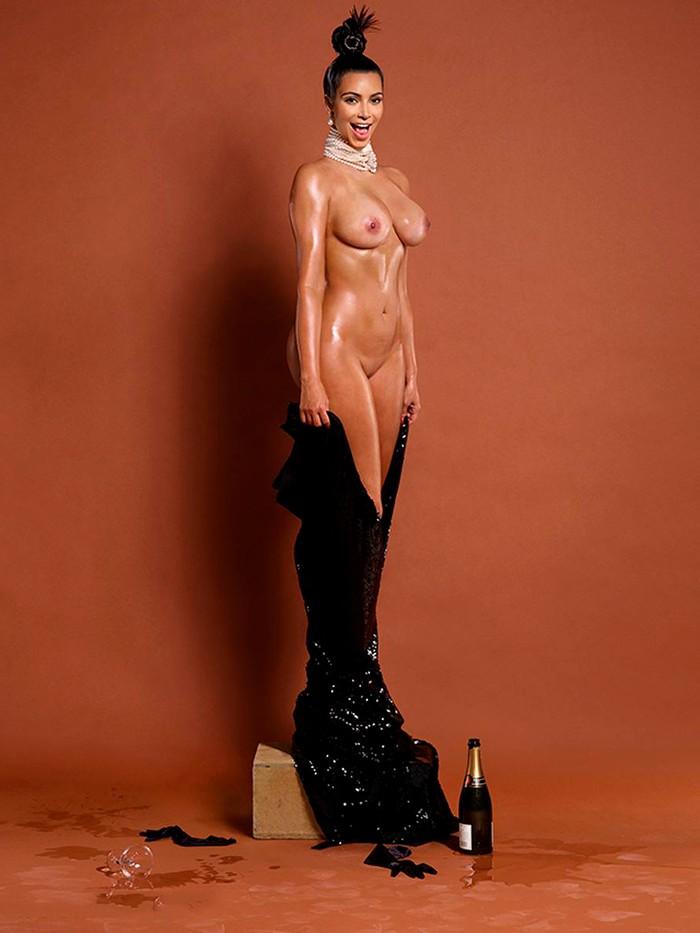 Kim Kardashian sesión fotos desnuda