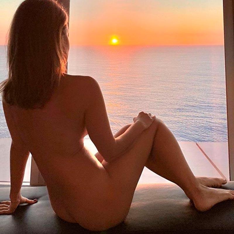Marta Torné Desnuda Posado Erótico 3