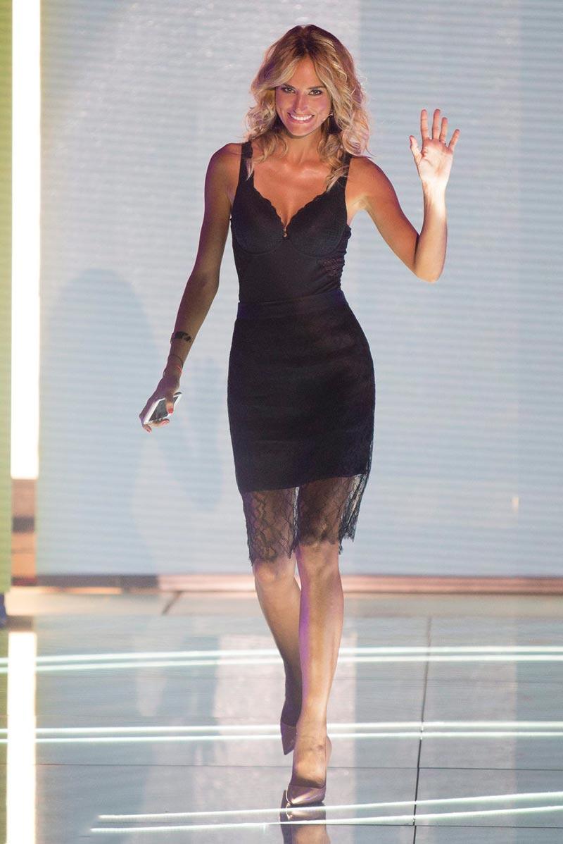 Alba Carrillo Colaboradora Televisión Telecinco