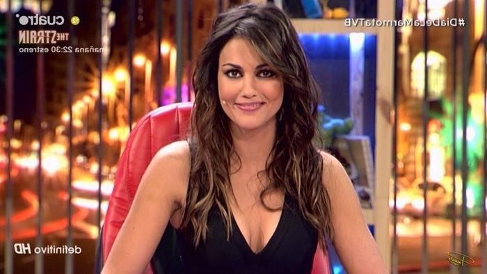 Escote Lara Álvarez televisión