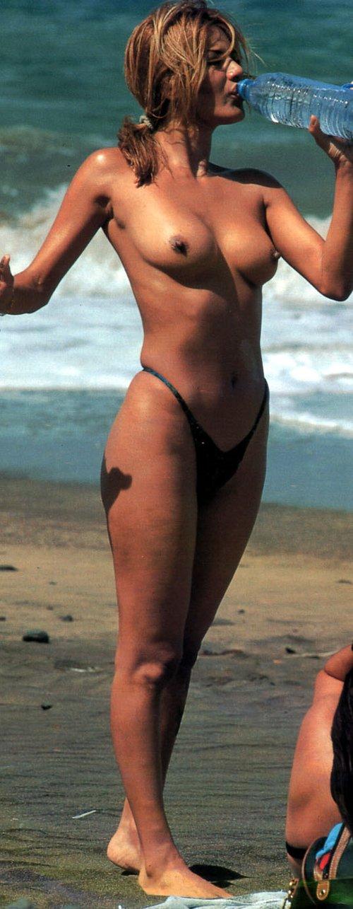 Ivonne Reyes sexy