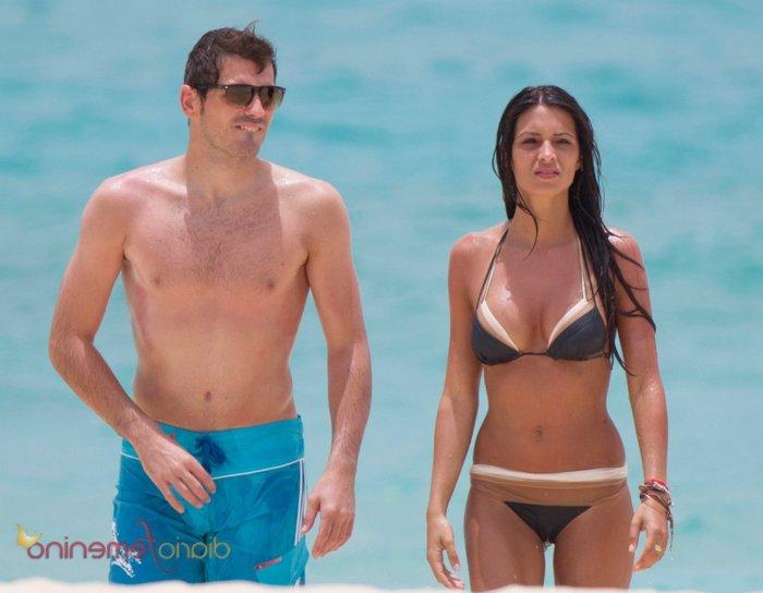 Junto a Iker Casillas bañistas
