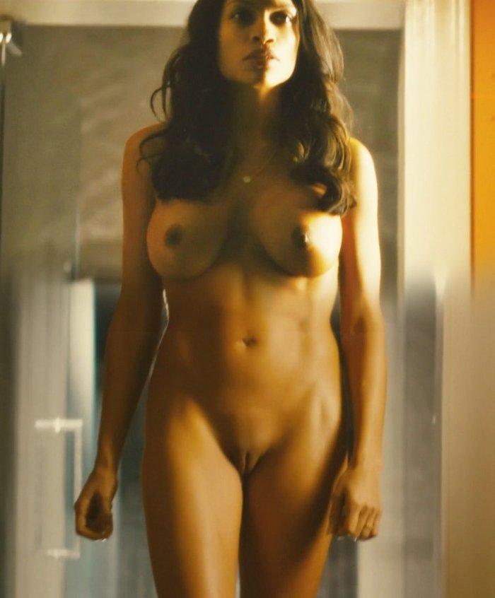 Rosario Dawson desnuda Trance