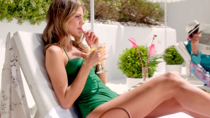 Amaia Salamanca Cuerpazo Bikini Revista Moda 7
