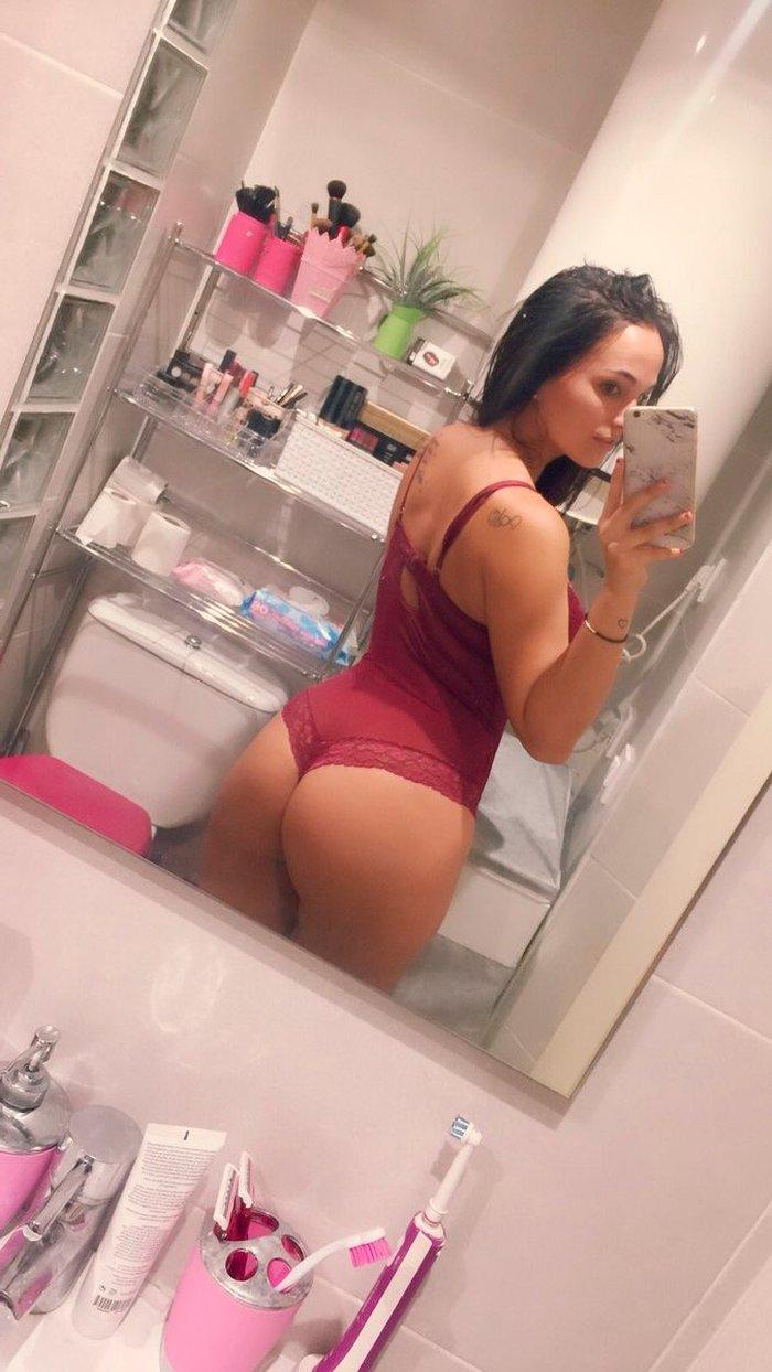 Claudia Bavel Fotos Eróticas Lencería 9