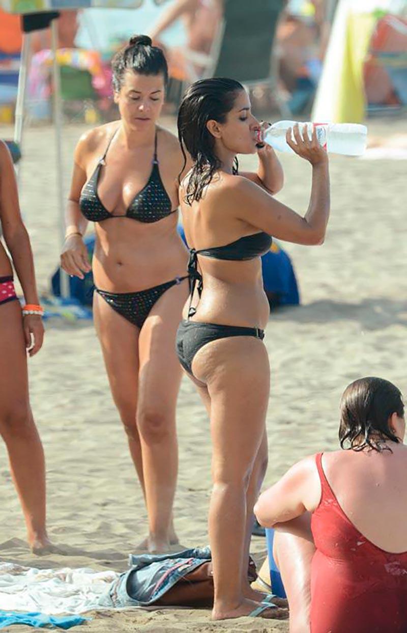 Inma Cuesta Fotos Pillada Bikini Playa 8