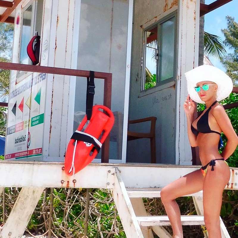 Laura Gadea Fotos Sexys Bikini 7