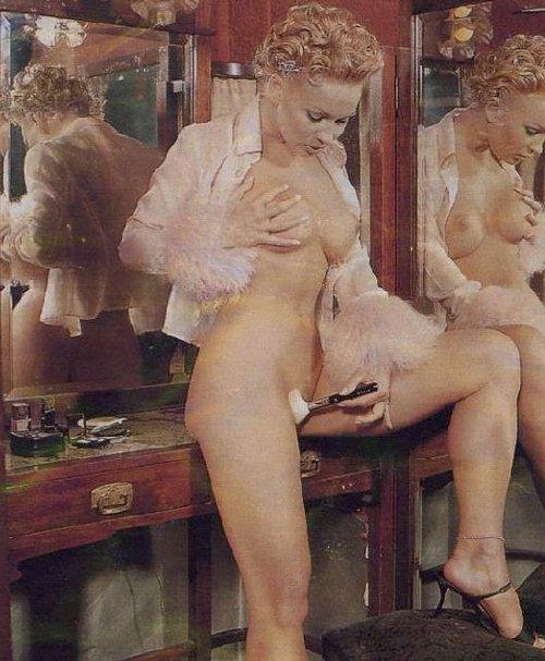 Marlene Mourreau afeitar vagina