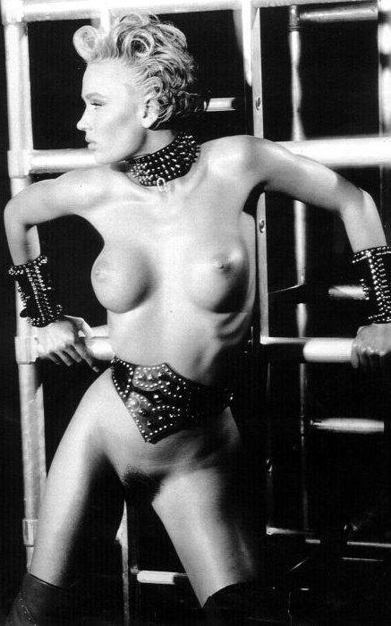 Marlene Mourreau sensual morbo