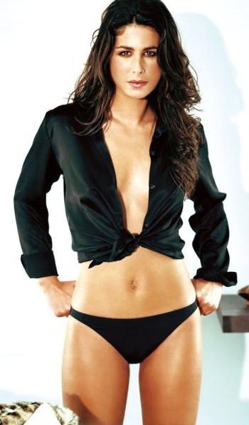 Nuria Roca bikini ropa interior