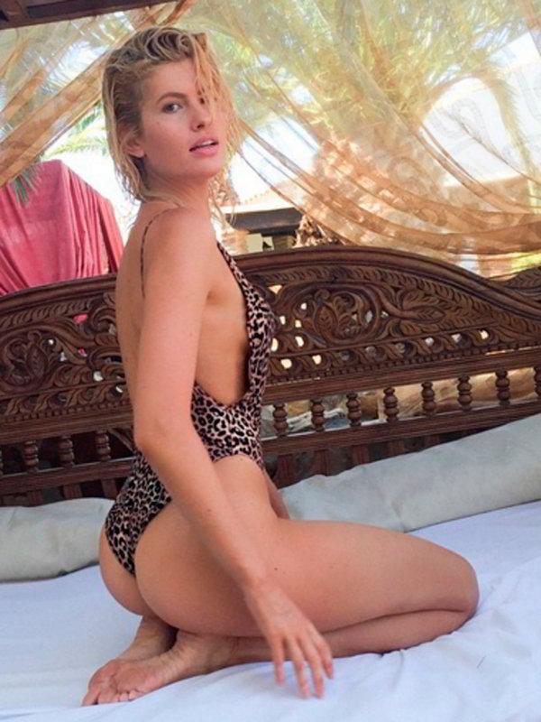Adriana Abenia ropa interior