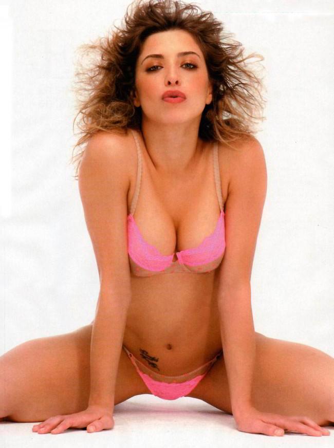 Erika Sanz sexy Hot