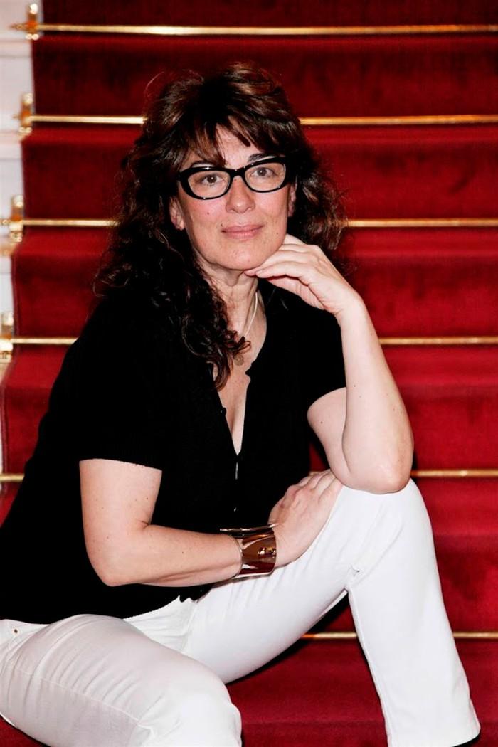 Isabel Ordaz La Hierbas Serie Telecinco Lqsa