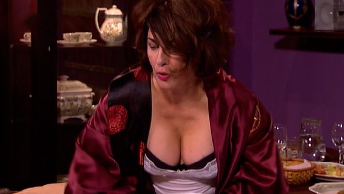 Isabel Ordaz escote