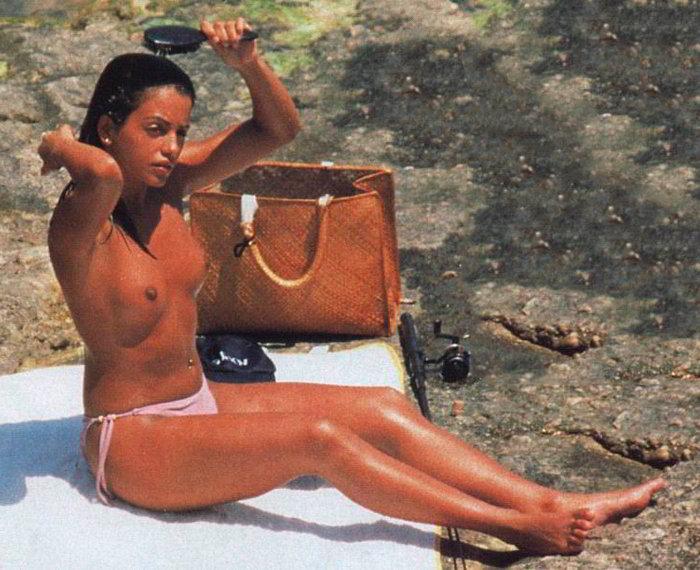 Mónica Cruz antes desnuda