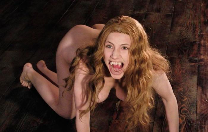 Miriam Giovanelli vampiresa desnuda