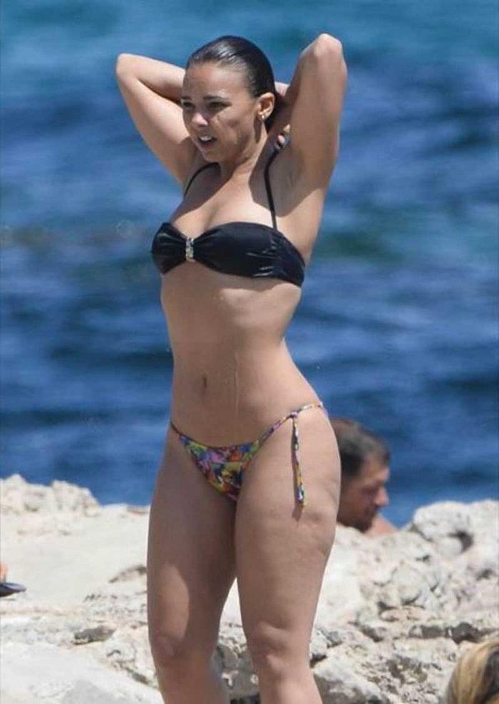 Chenoa bikini playa