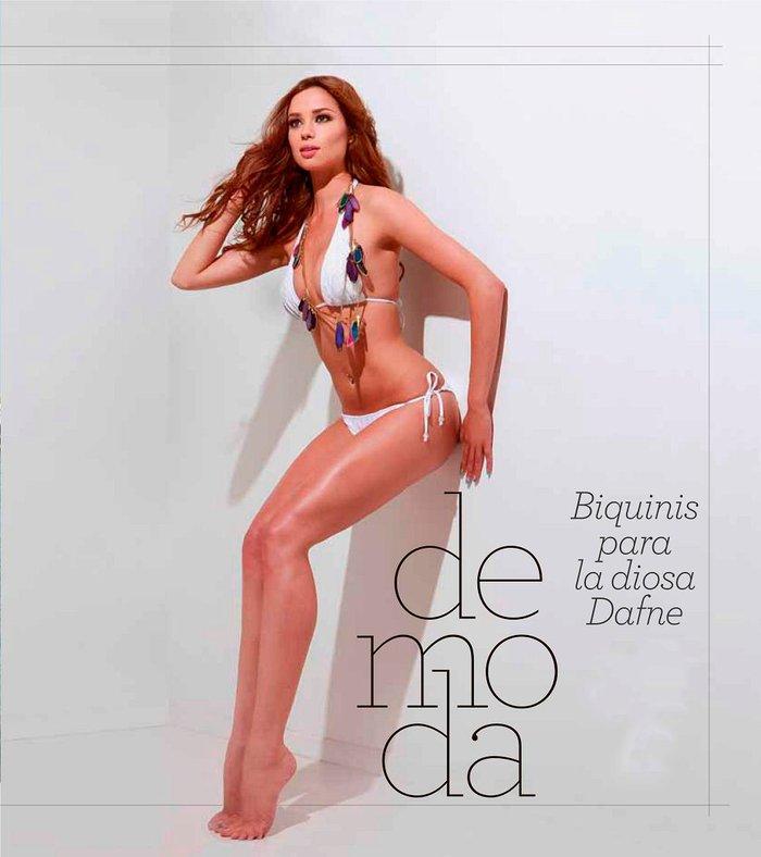 Dafne Fernández posado erótico bikini 3