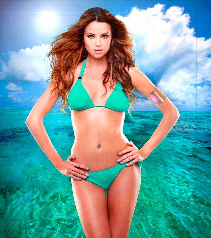 Dafne Fernández posado erótico bikini 4